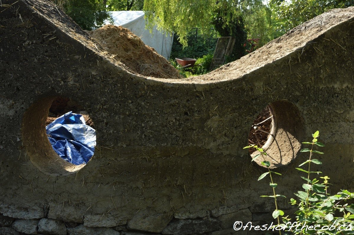 Building The Cob And Green Roof Garden Wall Part 2 The